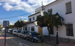 Adjudican las obras de la barriada del Cristo de Estepona a una empresa con una oferta «anormalmente baja»