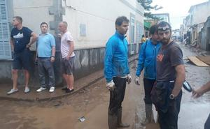 Rafa Nadal achica agua en las casas y abre su academia a los damnificados