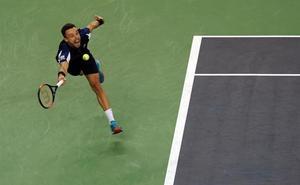 Bautista: «No es la primera vez que el árbitro favorece a Federer»