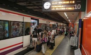 Una avería obliga a suspender durante siete horas la circulación del Cercanías entre Arroyo de la Miel y Fuengirola