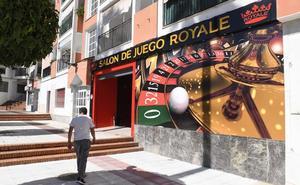 Tres atracadores se llevan 8.000 euros de un salón de juegos en San Pedro