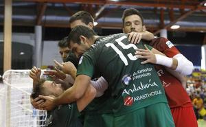 El UMA Antequera no pasa del empate contra el O Parrulo (2-2)