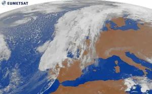 Sigue en directo la incidencia del huracán Leslie en España