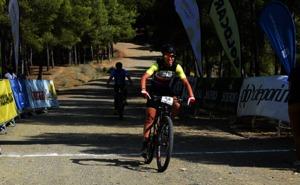 Pablo Guerrero y Agnieta Francke dominan la IV Bokerón Bike