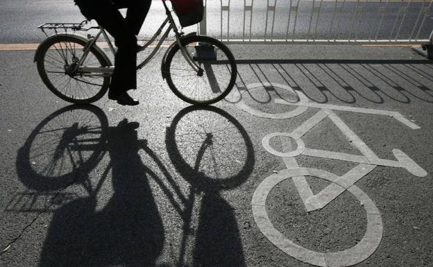 Detenidos tres jóvenes por robar casi una veintena de bicicletas de garajes y trasteros de Teatinos, Soliva y el Cónsul