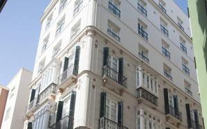 Autorizan cuatro edificios para apartamentos turísticos en Málaga capital