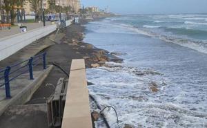 El Gobierno anuncia que iniciará en un mes una estrategia para estabilizar la costa de Málaga