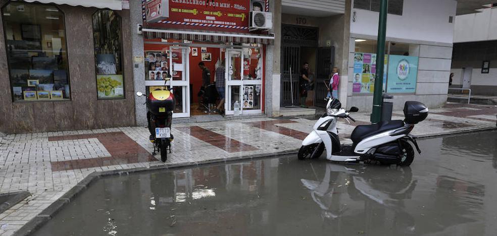 El Ayuntamiento de Málaga ejecuta con cuentagotas la mejora de las alcantarillas ante las lluvias
