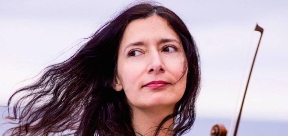 Isabel Mellado: «Da igual ser basurero o músico, cualquier profesión es compatible con escribir»