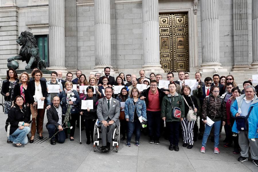 El Congreso aprueba por unanimidad que los discapacitados intelectuales puedan votar