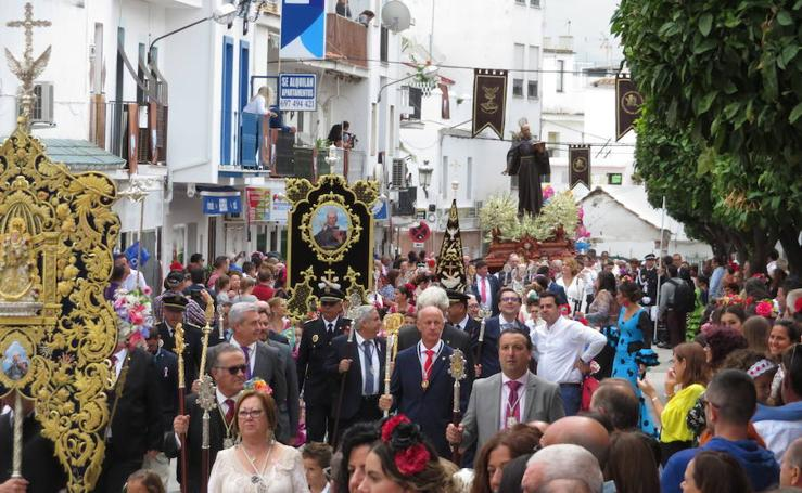 Procesión del patrón en San Pedro de Alcántara