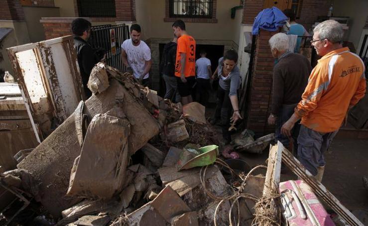 Efectos de las últimas lluvias en Málaga: Madrugada de inundaciones y rescates en el interior de la provincia