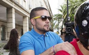 El juez abre juicio oral contra Boza por el robo de las gafas de sol