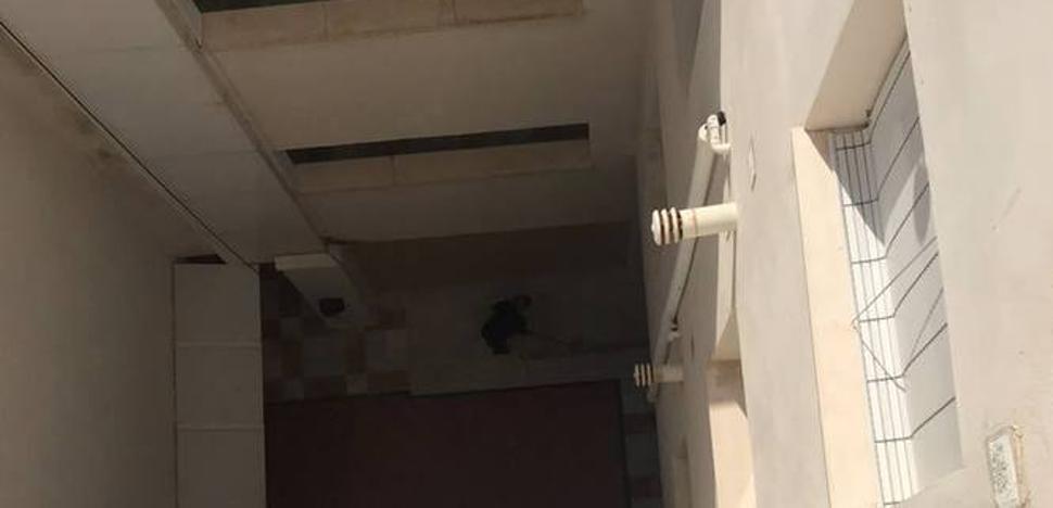 Un pintor, muy grave tras caer desde una altura de quince metros en El Morche