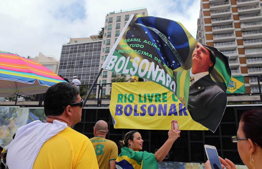 Bolsonaro anuncia que «vamos a barrer del mapa a esos malditos rojos»