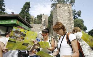 Andalucía roza los ocho millones de viajeros entre junio y septiembre