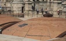La Catedral de Málaga atraviesa una nueva etapa de lluvias sin solución para sus goteras