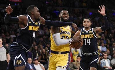 Triple-doble de LeBron y segunda victoria de los Lakers