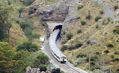 Adif prevé reanudar el tráfico ferroviario entre Casariche y El Chorro el próximo miércoles