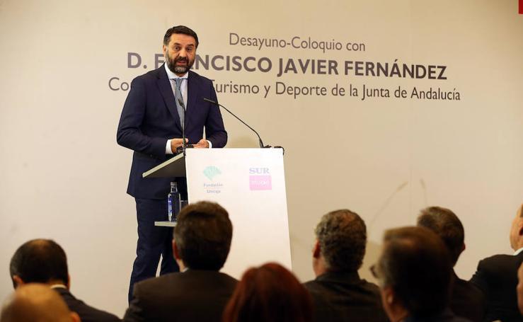 El consejero de Turismo participa en un Foro SUR en el hotel NH Málaga