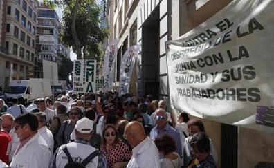Aplazan las protestas por la sanidad en Málaga hasta la composición del nuevo gobierno andaluz