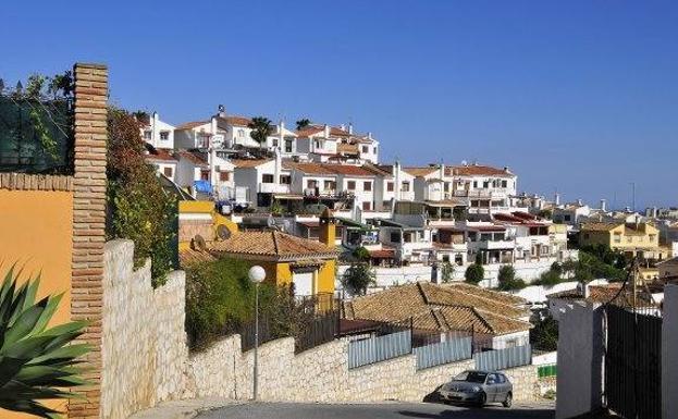 Mijas modificará el PGOU para poder recepcionar las urbanizaciones