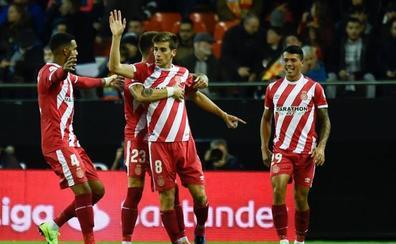 El Girona ahonda en la crisis del Valencia