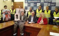 Los bomberos de Málaga denuncian sus carencias: sin equipo de inundaciones y con GPS sin actualizar desde 2004