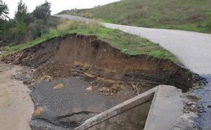El BOJA publica los 40 municipios de Málaga que podrán beneficiarse de ayudas para arreglar caminos dañados por las lluvias