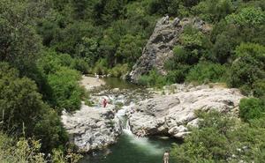 Benahavís, un pueblo blanco de golf entre la serranía y el Mediterráneo