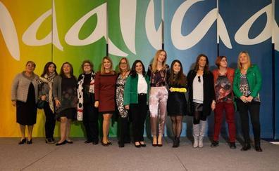 Los premios La Farola distinguen a mujeres «que iluminan el camino»