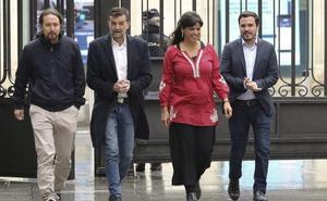 Iglesias no descarta el gobierno con el PSOE en víspera de su primer acto de precampaña