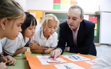 Javier Bahón: «Los ránkings educativos no son fiables; hay países que preparan a sus alumnos para esas pruebas»