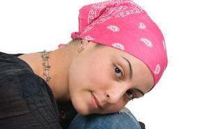 Un 60% de las mujeres que se tratan de un cáncer sufren disfunciones sexuales