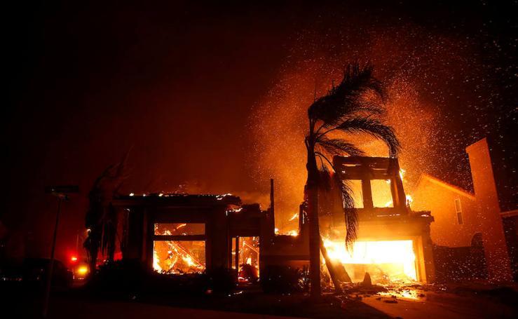 El incendio en California, en imágenes