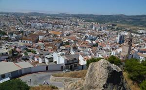 Condenan a un banco a devolver 18.000 euros cobrados en comisiones «abusivas» a una empresa de Vélez-Málaga