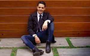 Miguel Laporte, el cantante malagueño que encontró el éxito en Perú
