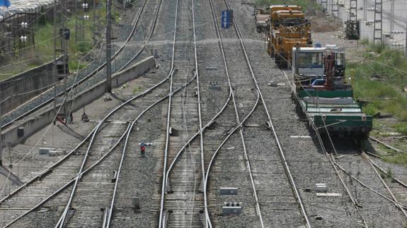 Empresarios e instituciones se unen para impulsar el corredor ferroviario central de mercancías