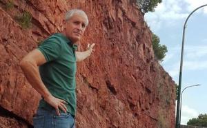 Vecinos de Cerrado llevan 15 años pidiendo soluciones a los desprendimientos de un monte