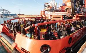 Llegan al puerto de Málaga 176 migrantes rescatados en las últimas horas en el mar de Alborán