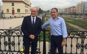 El PP enarbola la integración del Guadalmedina en la capital como propuesta «estrella»