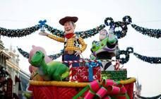 Las imágenes de la Navidad en Disneyland Paris