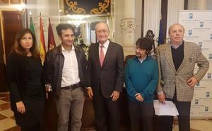 Un análisis de la poesía en Internet gana el X Premio Málaga de Ensayo