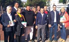 Ruiz Espejo comparte con la comunidad gitana sus medidas para la «total integración»