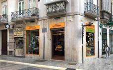 Bocetos cierra tras 26 años en el Centro de Málaga y es sustituida por una tienda de ibéricos