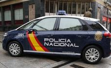 Detenido por cobrar durante 18 años la pensión de un anciano fallecido en Málaga disfrazándose y usando andador