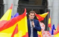 PP y Cs piden al presidente que haga caso a Podemos y convoque ya elecciones