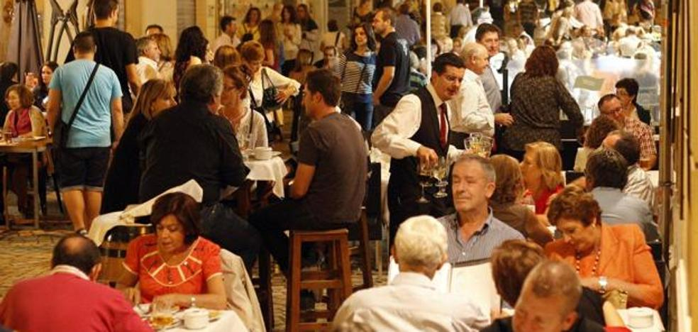 De la Torre, alcalde de Málaga: «No hay motivos para el cierre patronal de la hostelería el día 30»