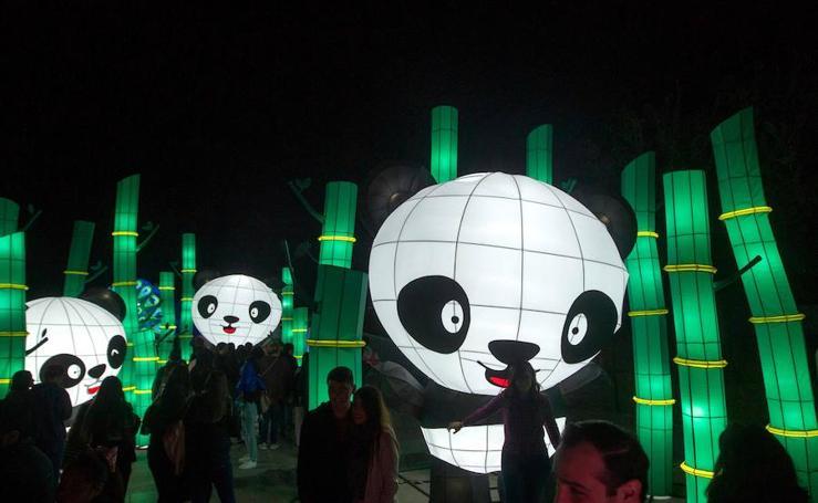 Las imágenes de 'Luztopía', el festival navideño de luces en Monterrey