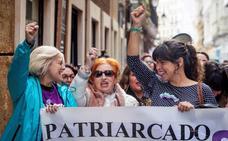 Teresa Rodríguez acusa a Pablo Casado de venir a Andalucía a «plantar xenofobia y racismo»